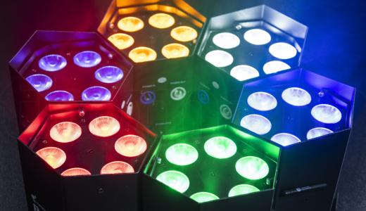 Brilliante Farbmischung durch RGBWA-UV LEDs